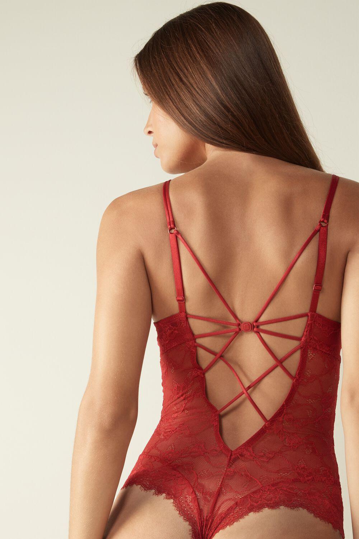 Ropa interior roja para nochevieja: body Sensual Romance, de Intimissimi